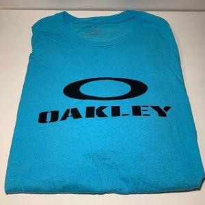 Blue Oakley t shirt size XL